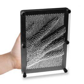 3D Nagelbild - das kultige Nagelspiel