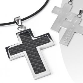 Pendentif avec gravure   dark cross