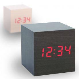 Horloge en bois fonc