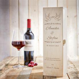 Personalisierte Weinkiste - mit Liebestauben Gravur
