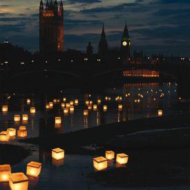 Lanternes porte-bonheur flottantes  set de 10